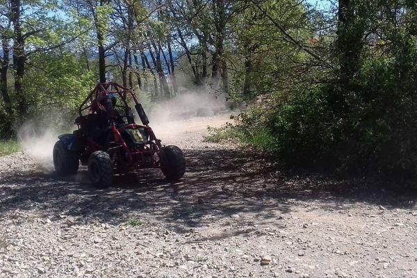 buggy-race-millau16E01B5A-C32B-5887-A8A8-8D8AEBCB1CBA.jpg
