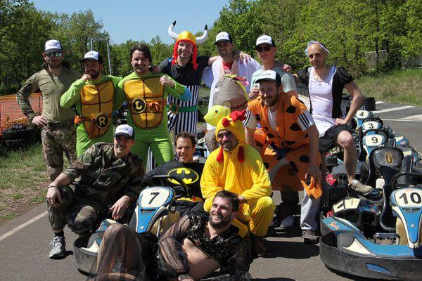01-karting-evg-costume338C03A0-88DA-90F0-2DC1-21399A0658D1.jpg